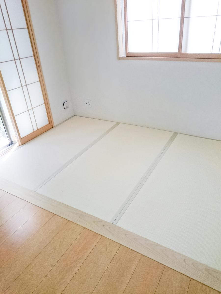 105・乳白色